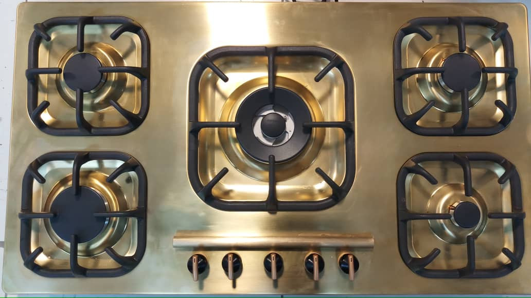 Oven with Nanostructured Gold Coating
